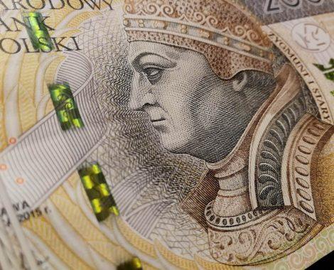 polskie-pieniądze-pomocni-opole